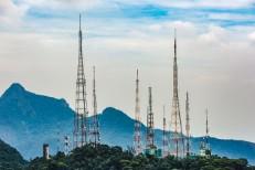 radio-tower-2017-billboard-1548-1494514935