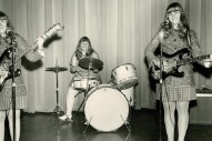 Watch The Shaggs Play Their First Show In 18 Years At Solid Sound