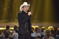 Brad Paisley Is Hosting A Stand-Up Comedy Special For Netflix