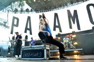 Watch Paramore Cover Fleetwood Mac, Debut <em>After Laughter</em> Songs At Dublin Tour Opener