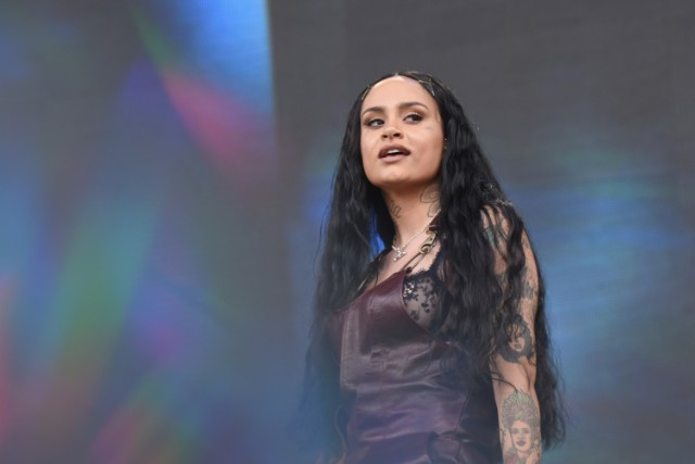 """46705a962ccc Kehlani Kicks Fan Out Of Her Show For Screaming """"Kyrie!"""" - Stereogum"""
