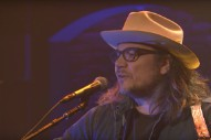 Watch Jeff Tweedy Play Wilco&#8217;s &#8220;I Am Trying To Break Your Heart&#8221; On <em>Seth Meyers</em>