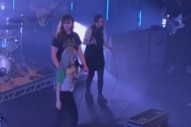 """Watch Chvrches' Lauren Mayberry Join Paramore On """"Misery Business"""" In Edinburgh"""