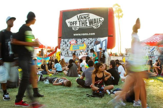 warped-tour-atmosphere-billboard-1548-1498866154