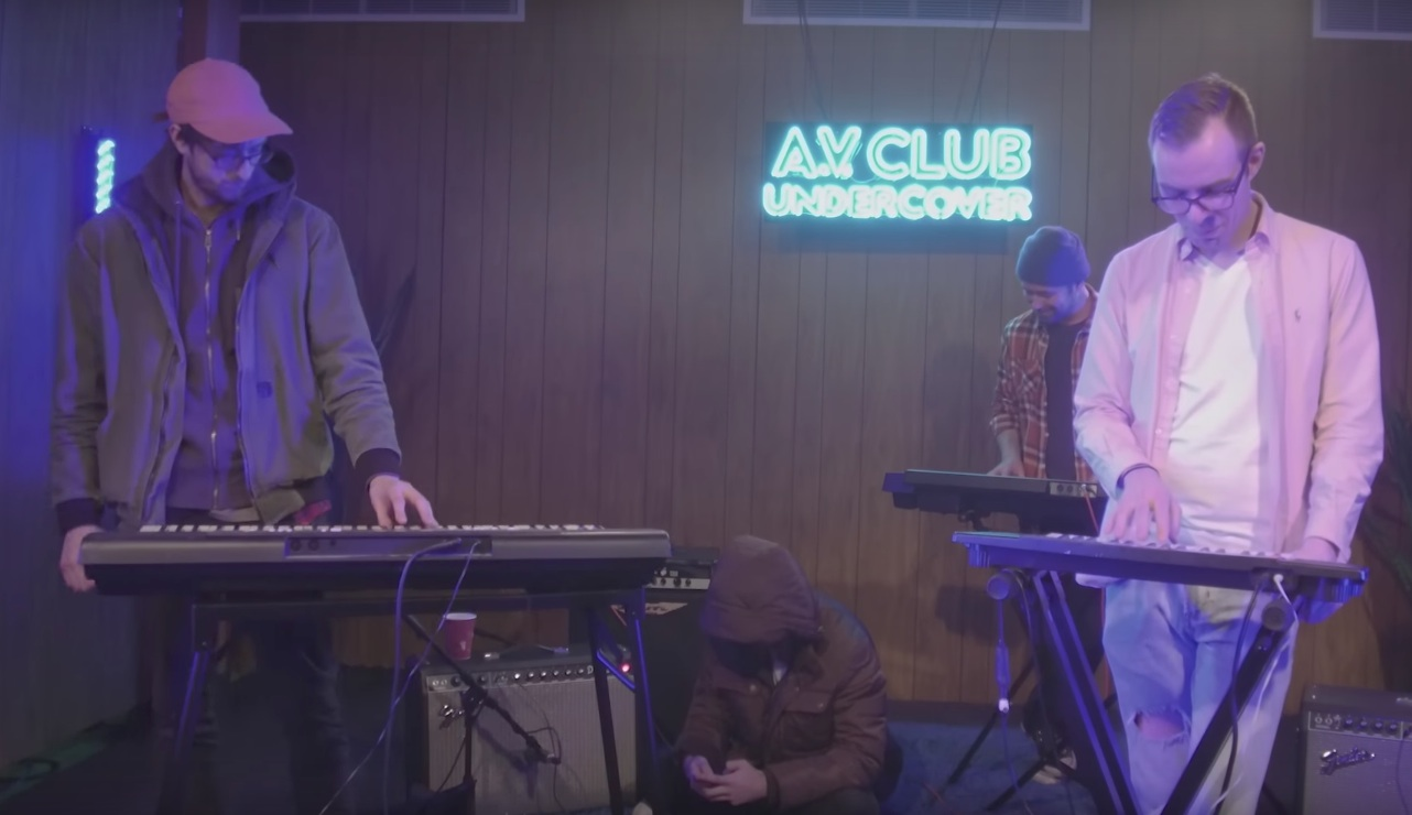 Watch cloud nothings turn coldplay s clocks into a for Piano house anthems