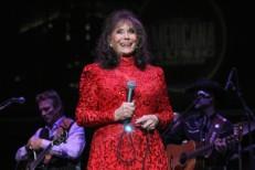 Loretta Lynn Cancels Tour, Postpones New Album