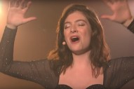 Watch Lorde Sing &#8220;Perfect Places,&#8221; Talk About Loving The Terrible New York Subway On <em>Seth Meyers</em>