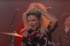 The-Kills-on-Kimmel-1499953252