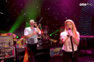 Watch Coldplay Perform With Shakira At Global Citizen Festival