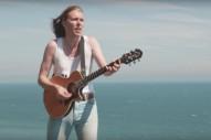 """Alex Cameron – """"Runnin' Outta Luck"""" Video"""