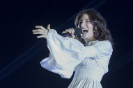 "Watch Lorde Cover Martha Wainwright's ""Bloody Mother Fucking Asshole,"" Duet With Tove Lo At Osheaga"