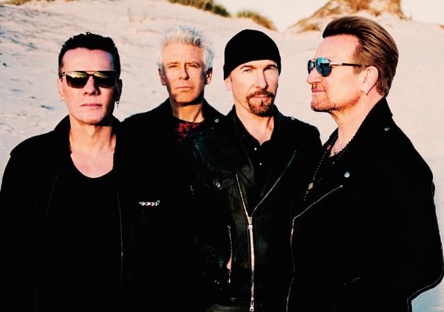 U2 Fans Receive