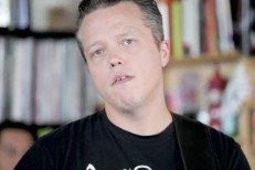 Jason-Isbell-Tiny-Desk-1503931213