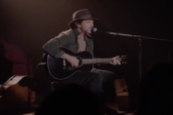 Watch Eddie Vedder Perform On <em>Twin Peaks</em>