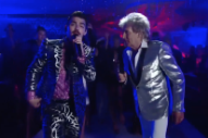 "Watch Rod Stewart Perform ""Da Ya Think I'm Sexy?"" With DNCE At The 2017 VMAs"