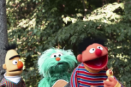 Watch <i>Sesame Street</i> Turn &#8220;Despacito&#8221; Into A Song About Rubber Ducks