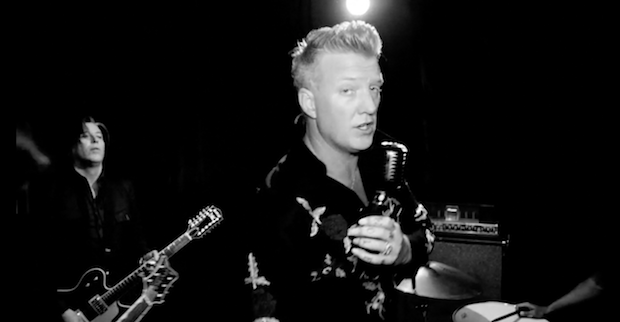 """Queens Of The Stone Age – """"The Way You Used To Do"""" Video - Stereogum"""