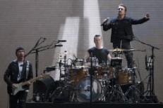 U2,Bono,The Edge,Larry Mullan Jnr