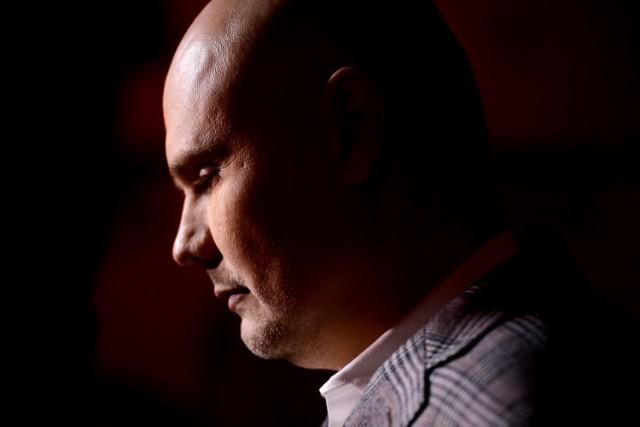 Watch Billy Corgan Play Smashing Pumpkins Sweet Sweet Smiley