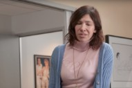 Watch Carrie Brownstein In The <em>Curb Your Enthusiasm</em> Season 9 Trailer