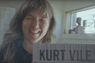 "Courtney Barnett & Kurt Vile – ""Continental Breakfast"" Video"