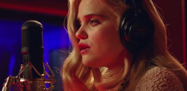 "Sky Ferreira – ""Easy"" Video - Stereogum"