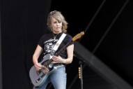 Pretenders' Chrissie Hynde Curses Out Camera-Happy Fans, Walks Offstage In Dubai