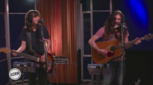Watch Courtney Barnett & Kurt Vile Play Two Songs On KCRW