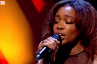 Watch SZA Sing &#8220;Normal Girl&#8221; On <em>Jools Holland</em>
