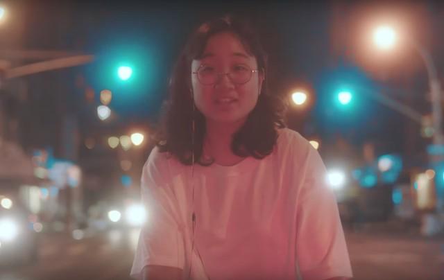 Yaeji-Drink-Im-Sippin-On-video-1506957926