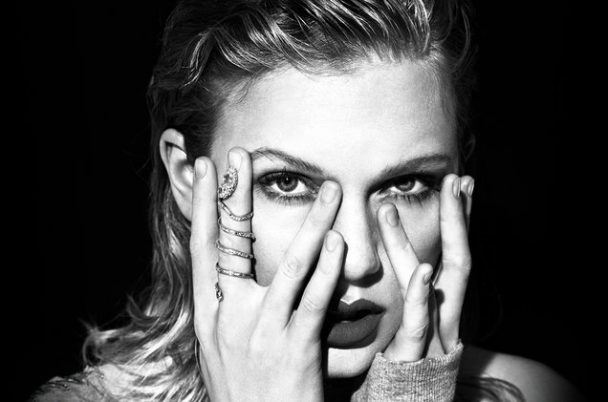 Taylor Swift's Reputation Sold 1.05M Copies In First Four Days In US, Now 2017's Top Selling Album