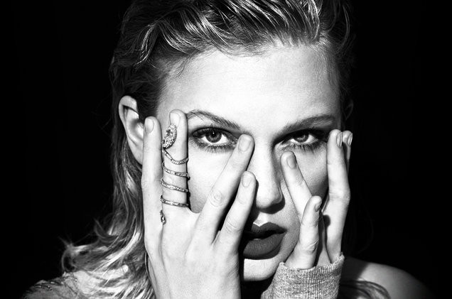 Taylor Swift's album released on streaming services