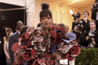Rihanna Will Co-Host 2018 Met Gala