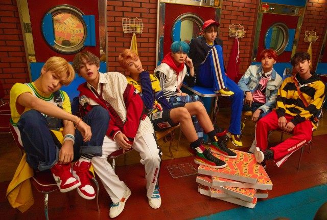 Superstar K-Pop Boy Band BTS Launch Their American Invasion - Stereogum