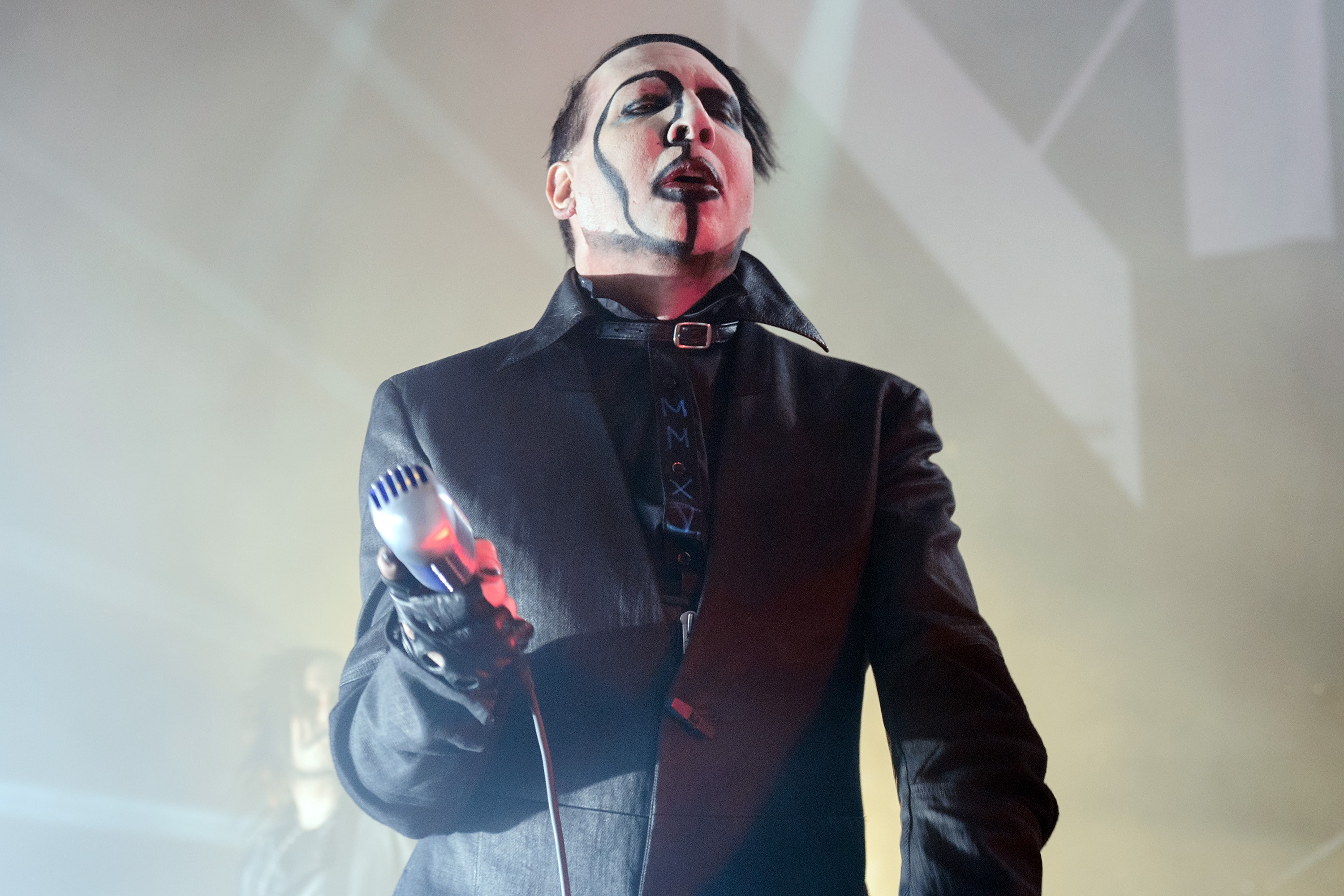 Marilyn Manson, Like An Asshole, Pointed A Fake Assault ...