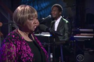Watch Mavis Staples Perform With Jeff Tweedy On <em>Colbert</em>