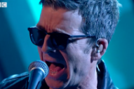 Notorious Cut-Up Noel Gallagher Brings A Scissors Player To <i>Jools Holland</i>