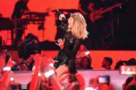 Taylor Swift&#8217;s <em>Reputation</em> Sells 1.2M In First Week