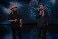 Watch Chris Pratt &#038; Chris Stapleton Sing &#8220;(I&#8217;ve Had) The Time Of My Life&#8221; On <em>Kimmel</em>