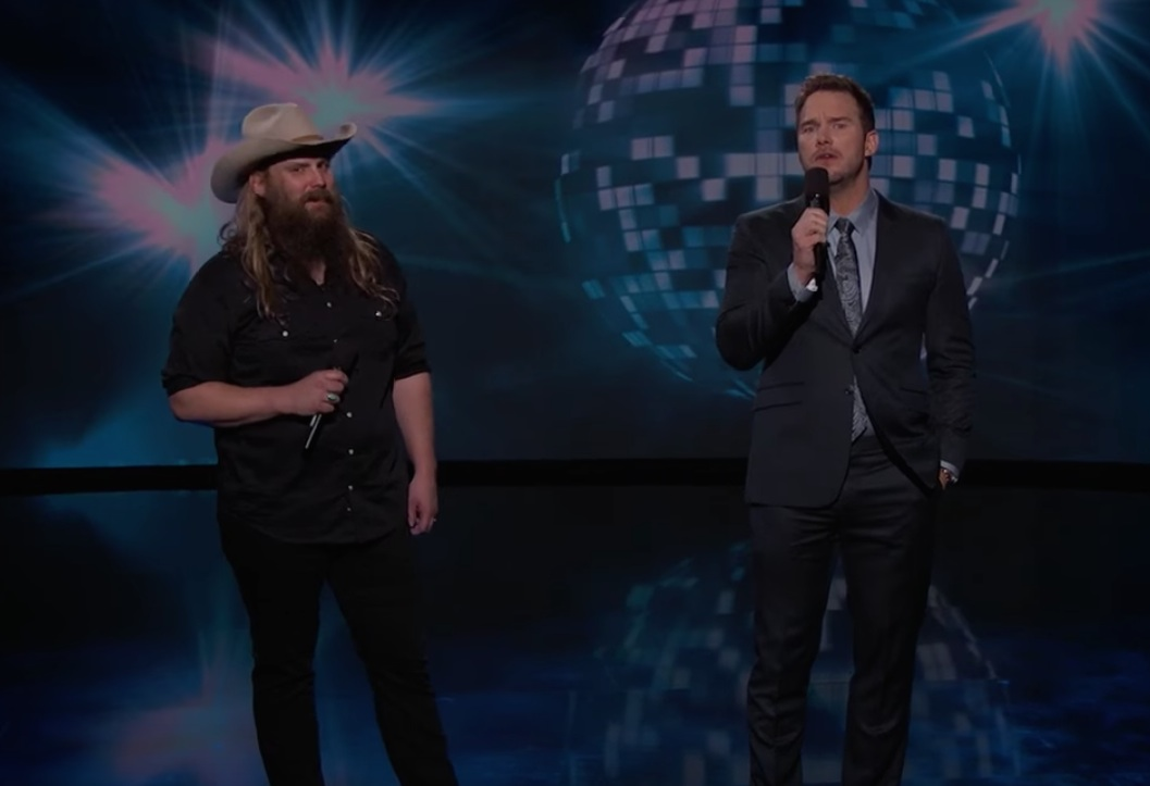 "Watch Chris Pratt & Chris Stapleton Sing ""(I've Had) The Time Of My Life"" On Kimmel"