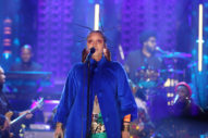 Watch Erykah Badu Cover Fela Kuti &#038; Celebrate <i>Baduizm</i> With The Roots On <i>Fallon</i>
