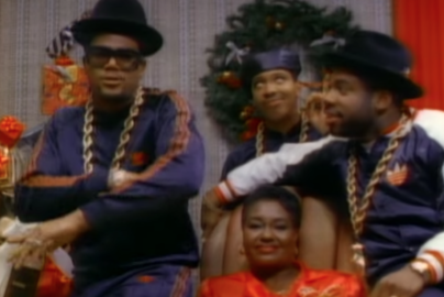 "Daryl McDaniels Talks Die Hard, Keith Haring, & Run-D.M.C.'s ""Christmas In Hollis"" 30 Years Later"
