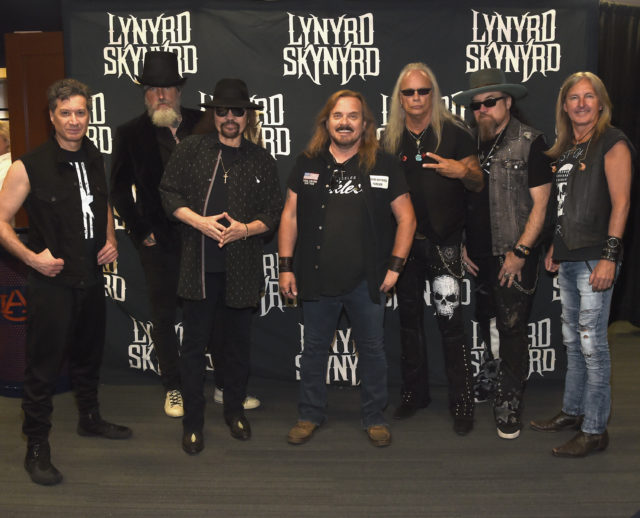 Lynyrd Skynyrd announce their farewell tour