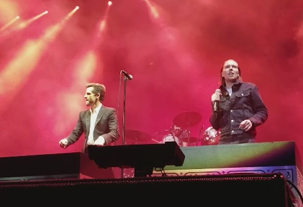 The-Killers-and-Alex-Cameron-1516289921