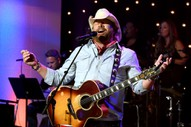 Pro-Trump Country Singer Toby Keith Contributed To Justin Timberlake&#8217;s <em>Man Of The Woods</em>