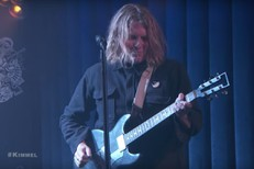 Ty-Segall-on-Kimmel-1517581696