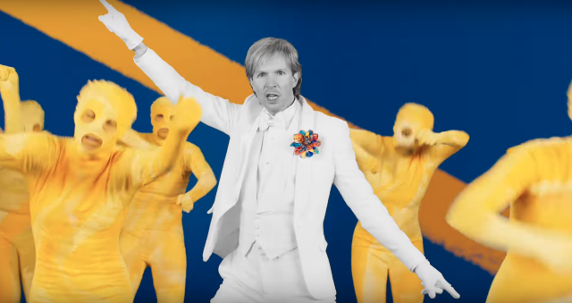 Beck-Colors-video-1522329953