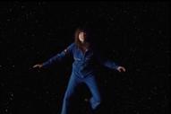 """Courtney Barnett – """"Need A Little Time"""" Video"""