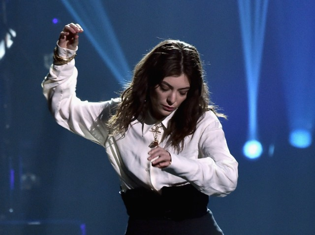 Watch Lorde Debut