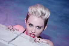 Miley-Cyrus-1521034304